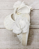 Load image into Gallery viewer, Lace Flower Shoes