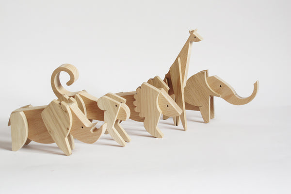 Wooden Magnetic Giraffe