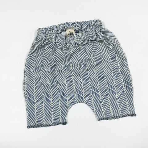 Harem Shorts- Freeform Arrows