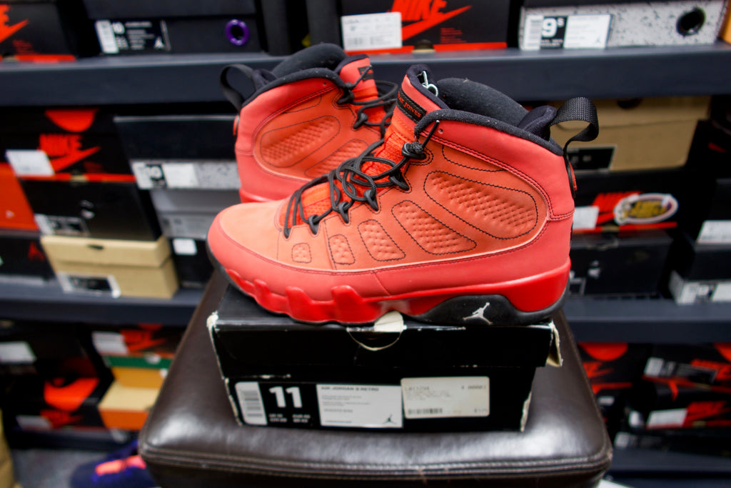 best sneakers c25d0 597a4 Pre-Owned Air Jordan 9 Retro Motorboat Jones size 11