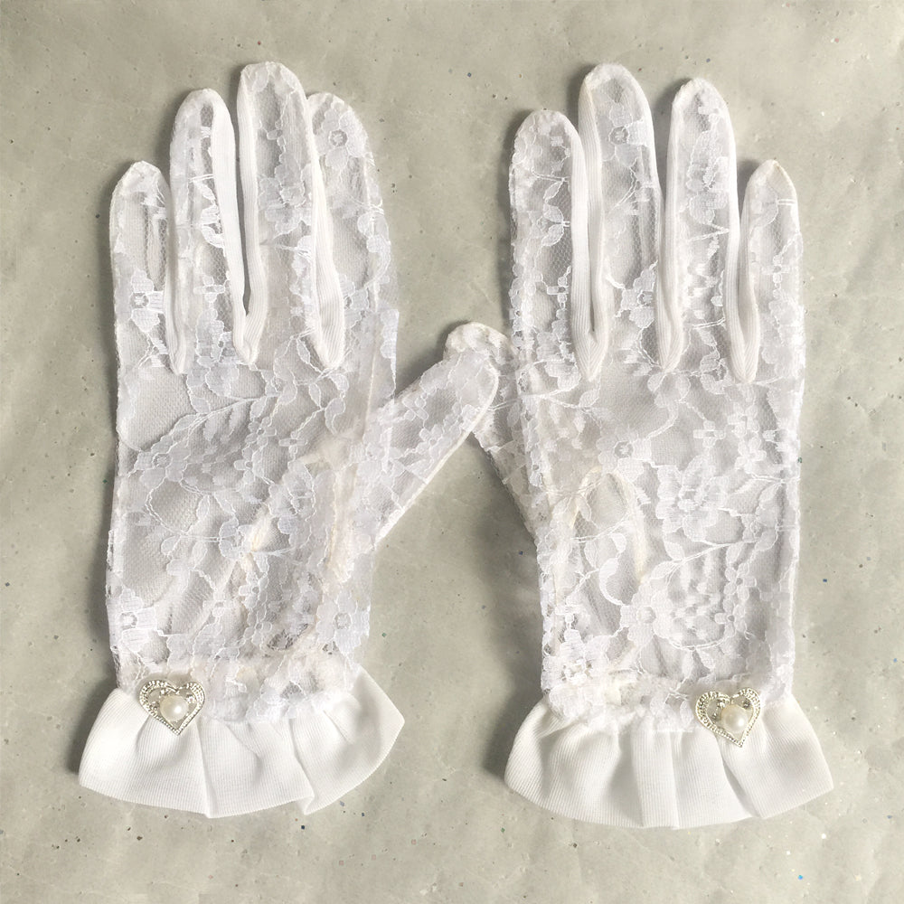 White Lace Gloves, Lace Wedding Gloves with Heart Shaped Pearl and Rhinestone Jewelry