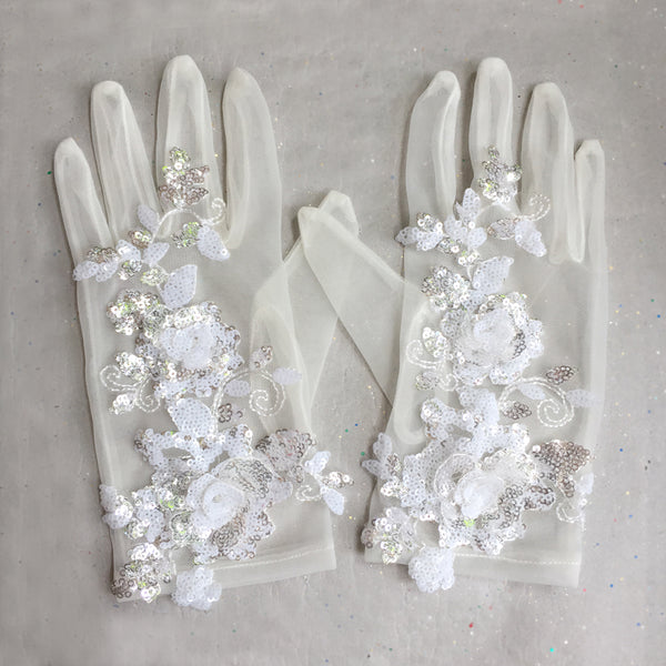 Vintage Style Ivory Lace Wedding Gloves, Wrist Gloves, Short Lace Bridal Gloves with With White and Silver Sequin