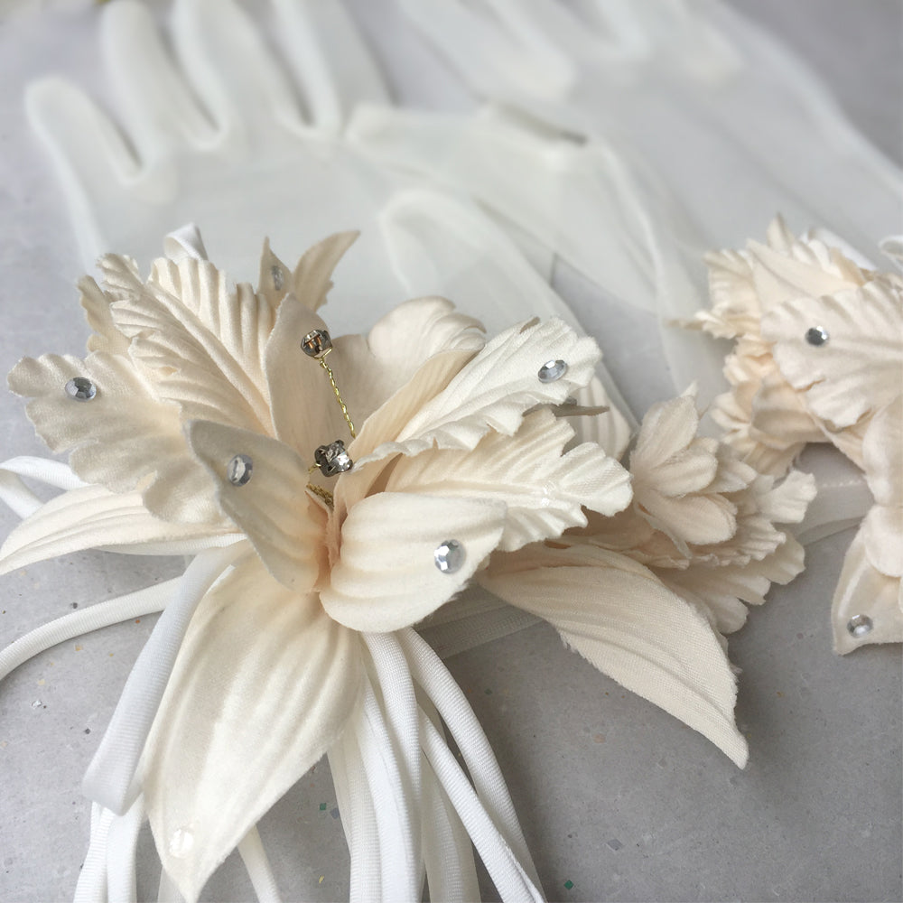 Wedding Gloves Ivory Lace Gloves, Brial Gloves Ivory with Rhinestone, Tea Party, Evening, Formal