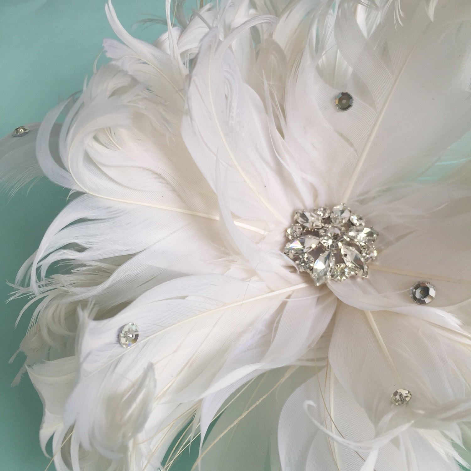 Ivory Feather and Rhinestone Bridal Fascinator Clip, Tea Party Hair Fascinator, Special Occasion Headpiece