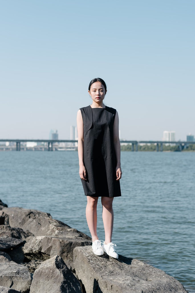 [KHANDER] Square Neck Linen-Cotton Dress