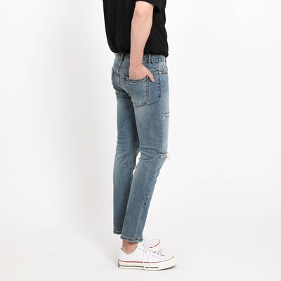 [FATALISM] #0117 Stone Washing Diss Crop Jeans