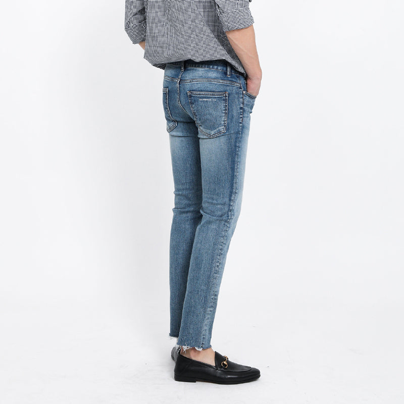 [FATALISM] #0086 Hidden Blue Cutting Crop Fit Jeans