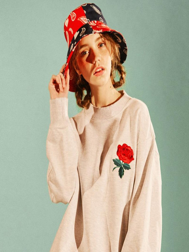 [EYEYE] ROSE EMBROIDERY SWEAT SHIRT