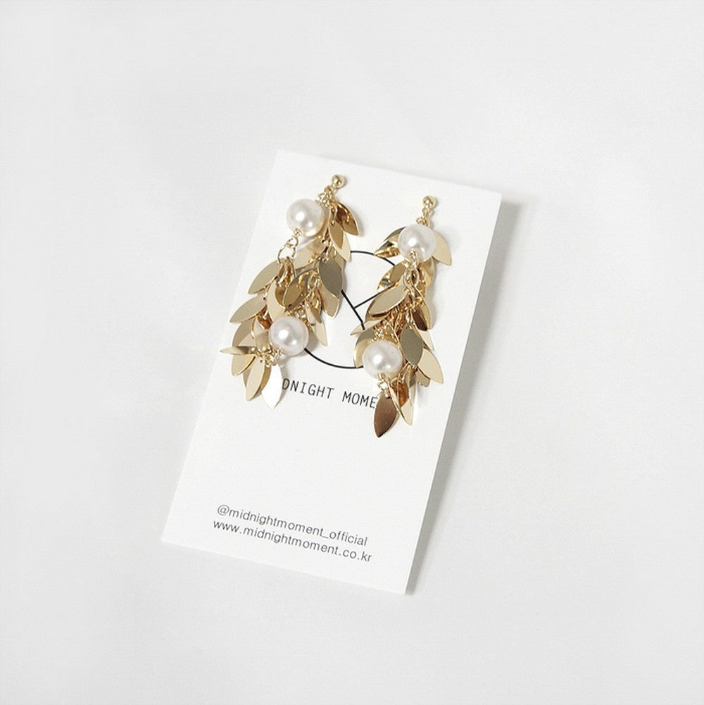 [MIDNIGHT MOMENT] gold leaf earring