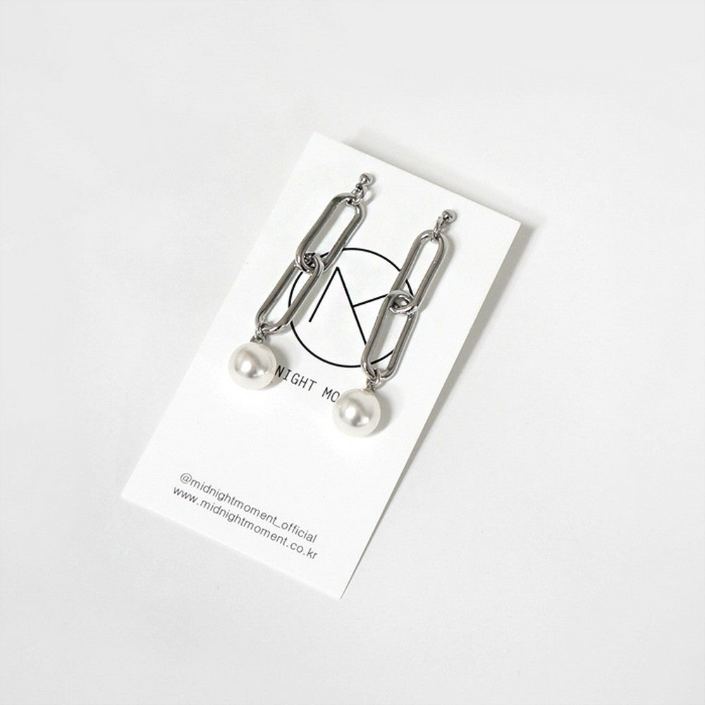 [MIDNIGHT MOMENT] link chain 'drop' pearl earring