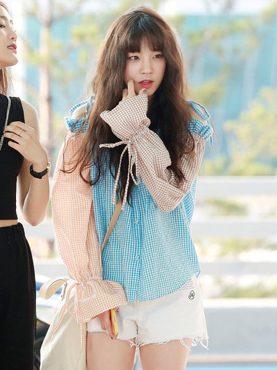 [(G)I-DLE 우기][EYEYE] OFF-SHOULDER CHECK BLOUSE