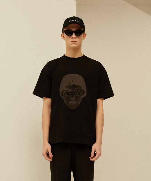 [13MONTH] FACE PRINTING T-SHIRT (BLACK)