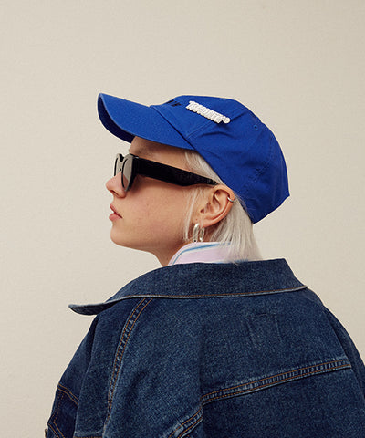 [13MONTH] BROOCH LOGO BALL CAP (BLUE)