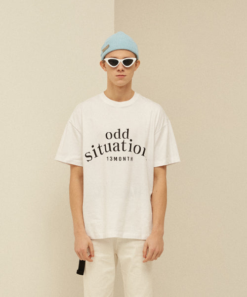 [13MONTH] ODD PRINTING T-SHIRT (WHITE)