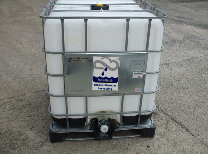 Car Wash Rainwater Harvesting Package - 1000 litre tank, downpipe filter and hozelock tap