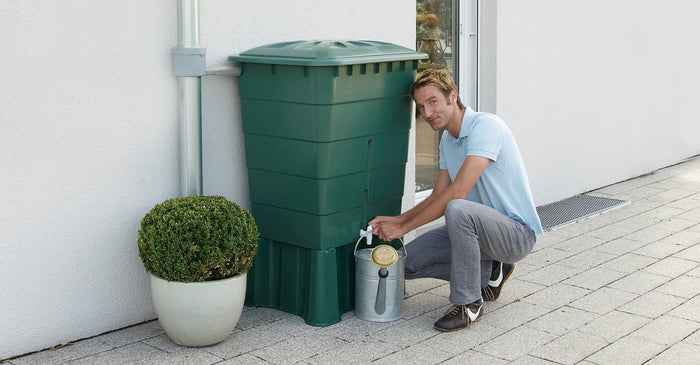 Square water butt green 200, 300 and 500 litre