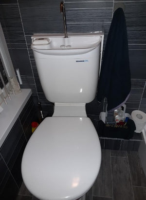 GrandeSys (AquaDue) Toilet cistern with integrated sink - Freeflush Rainwater Harvesting Ltd.