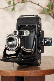 1934 Zeiss-Ikon Super Ikonta D modified to 6 x 12