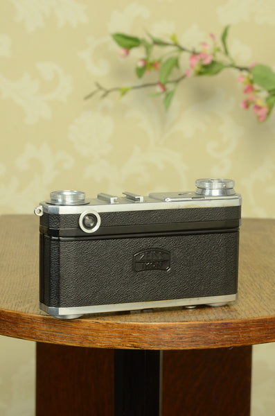 EXCELLENT! 1936 Zeiss Ikon Contax II, CLA'd, with Original leather case. Freshly Serviced! - Zeiss-Ikon- Petrakla Classic Cameras