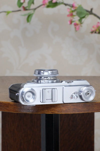 SUPERB! 1939 Zeiss Ikon Contax II, with original case, Freshly Serviced!