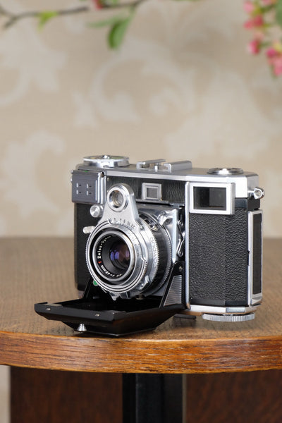 NEAR MINT! 1954 Zeiss Ikon Contessa 533/24, FRESHLY SERVICED