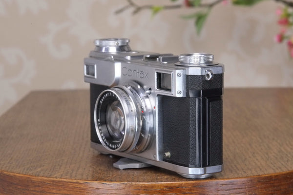 SUPERB! 1941 Zeiss Ikon Contax II,with a Carl Zeiss 2.0/50mm lens, Freshly Serviced, Ready for immediate use! - Zeiss-Ikon- Petrakla Classic Cameras