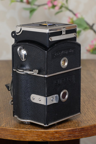 "1933 Voigtlander 6x6 Superb TLR, the desirable model with ""big ears"", Freshly Serviced!"