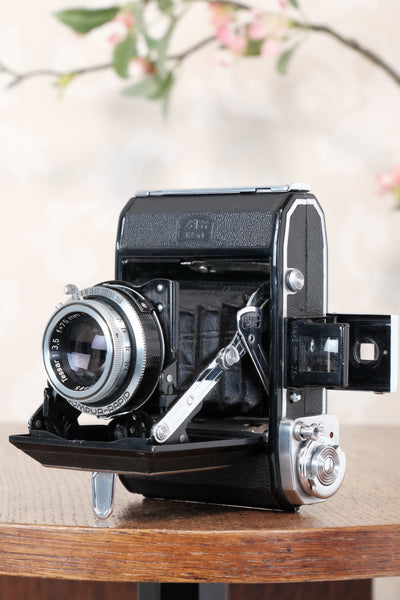 Near Mint! 1951 Zeiss Ikon Ikonta with coated Tessar lens, Freshly Serviced, CLA'd!
