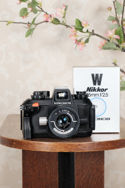 Superb! Nikon Nikonos IV-A with 2.5/35mm Nikkor lens. Fully tested and working! - Nikonos- Petrakla Classic Cameras