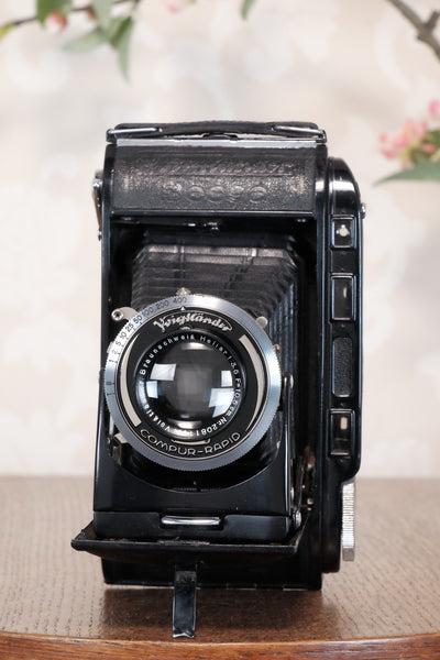 Excellent 1939 Voigtlander Bessa Rangefinder with HELIAR LENS! 6x9, Freshly Serviced, CLA'd.