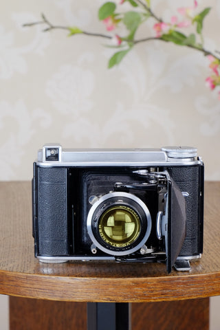 "Superb! 1936  Voigtlander ""Baby Bessa"" 66, 6x6 camera, Skopar lens, CLA'd, Freshly Serviced!"