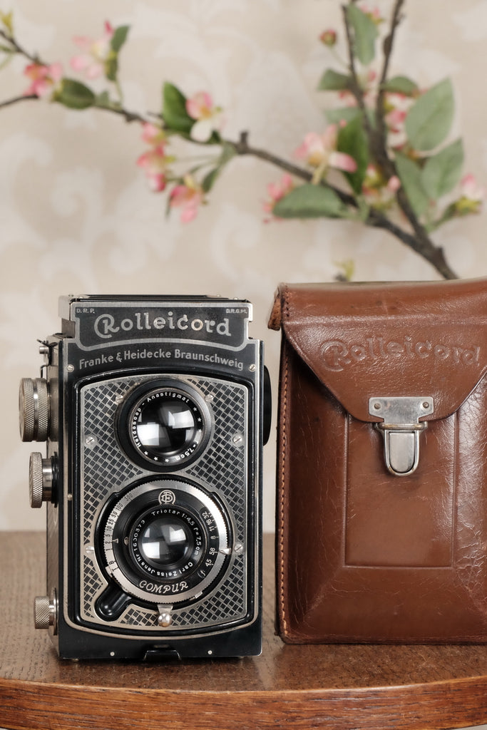 Superb! 1935 Art-Deco Nickel-plated Rolleicord CLA'd, Freshly Serviced! - Frank & Heidecke- Petrakla Classic Cameras