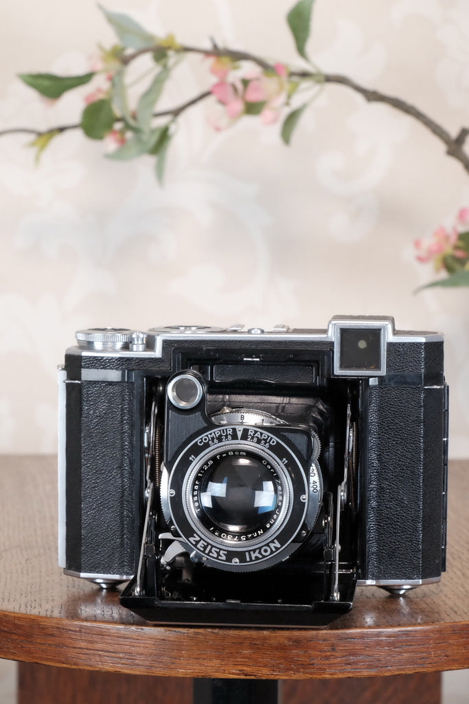 Superb,1938 Zeiss Ikon Super Ikonta 6x6, Tessar lens,, CLA'd, Freshly Serviced!