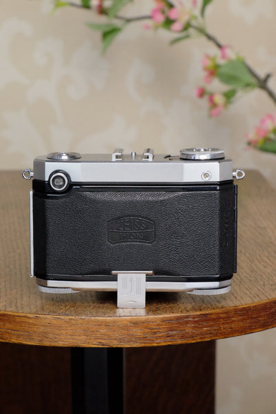 Superb! 1952 Zeiss Ikon Contessa 533/24, FRESHLY SERVICED!