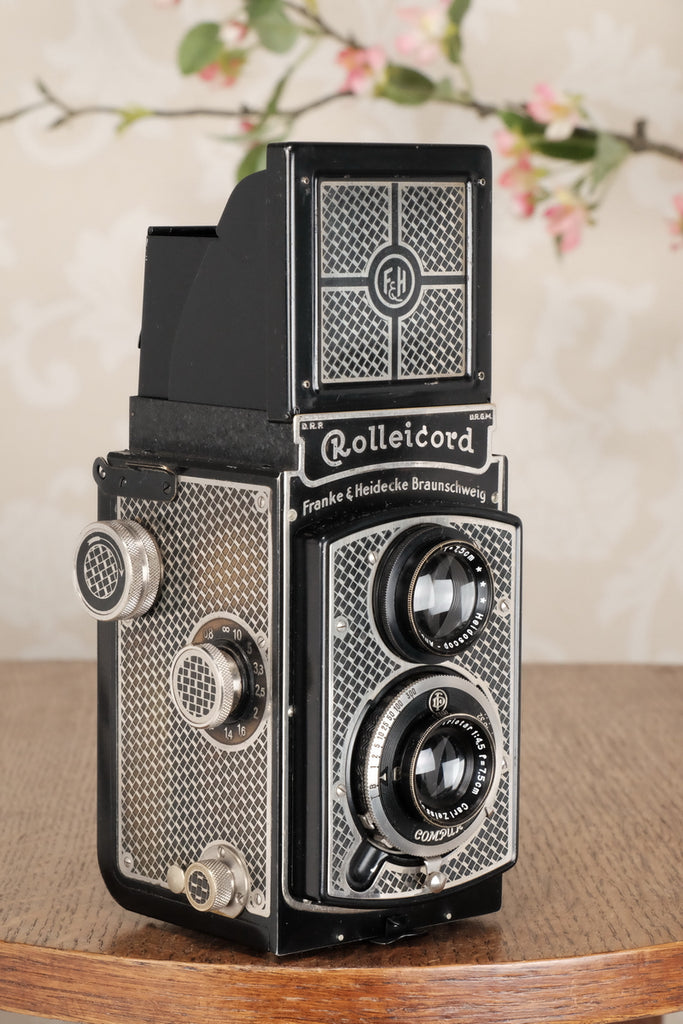 1934 Art-Deco Nickel-plated Rolleicord, CLA'd, Freshly Serviced! - Frank & Heidecke- Petrakla Classic Cameras