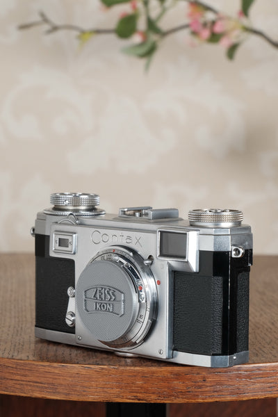 Superb! 1958 Zeiss Ikon Contax IIa with Original Leather Case. CLA'd, Freshly Serviced!