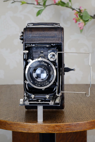 1930 ZEISS-IKON ICARETTE, 6x9 German folding camera with Carl Zeiss Tessar lens, Freshly Serviced, CLA'd