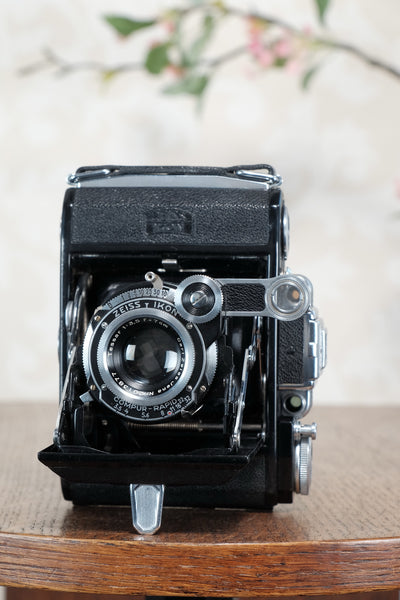 Superb 1937 ZEISS-IKON SUPER IKONTA A, 6x4.5, Tessar lens, CLA'd, Freshly Serviced!