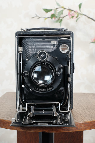 Near Mint! 1925 Camera with leather case & plate holders. Freshly serviced, CLA'd!