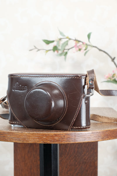 Original Leitz Leica IIIg leather camera case, will also fit the IIIf & IIIc