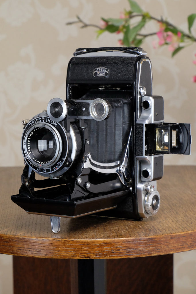 Excellent! 1937 6x9 Super Ikonta with Tessar Lens, CLA'd, Freshly Serviced!