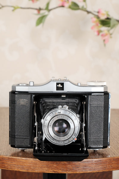 Superb, circa 1955 Zeiss-Ikon 6x6 Folding Camera, CLA'd, Freshly Serviced! - Zeiss-Ikon- Petrakla Classic Cameras