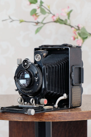 1927 Voigtlander Bergheil Camera with HELIAR LENS! Freshly serviced CLA'd