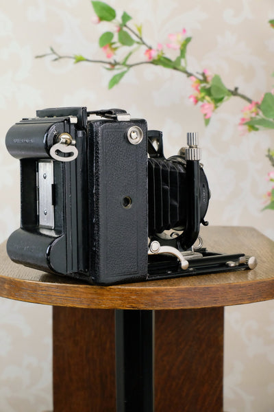 Excellent! 1929 Voigtlander Bergheil Camera with HELIAR LENS! Freshly serviced CLA'd