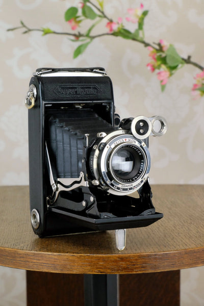 Superb! 1933 Zeiss Ikon Super Ikonta 6x9, with Tessar lens, Freshly serviced ,CLA'd - Zeiss-Ikon- Petrakla Classic Cameras