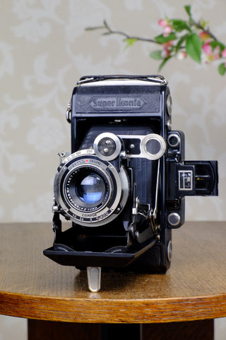 1933 Zeiss Ikon Super Ikonta 6x9, with unusual coated Zeiss Tessar lens, CLA'd, FRESHLY SERVICED!
