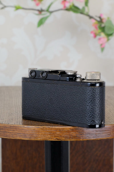 SUPERB! 1932 BLACK LEITZ LEICA II with Nickel Elmar lens. CLA'd, Freshly Serviced! - Leitz- Petrakla Classic Cameras
