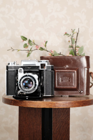 Superb! 1952 Zeiss-Ikon Super Ikonta B, Coated Tessar & Synchro-Compur.  CLA'd, Freshly Serviced! - Petrakla Classic Cameras