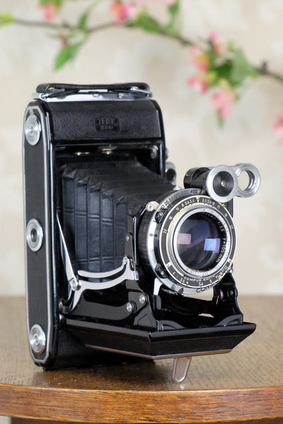 1953 Zeiss-Ikon Super 6x9 Ikonta 531/2, Coated Zeiss Tessar lens, includes 6x4.5 reduction mask, CLA'd, Freshly Serviced! - Zeiss-Ikon- Petrakla Classic Cameras