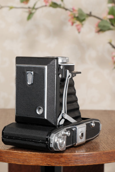 Superb! 1937 Zeiss-Ikon Ikonta 6x9 Folding Camera, Tessar lens, CLA'd, Freshly Serviced! - Zeiss-Ikon- Petrakla Classic Cameras